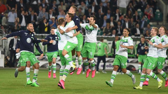 Bendtner stars as Wolfsburg beat Bayern on penalties