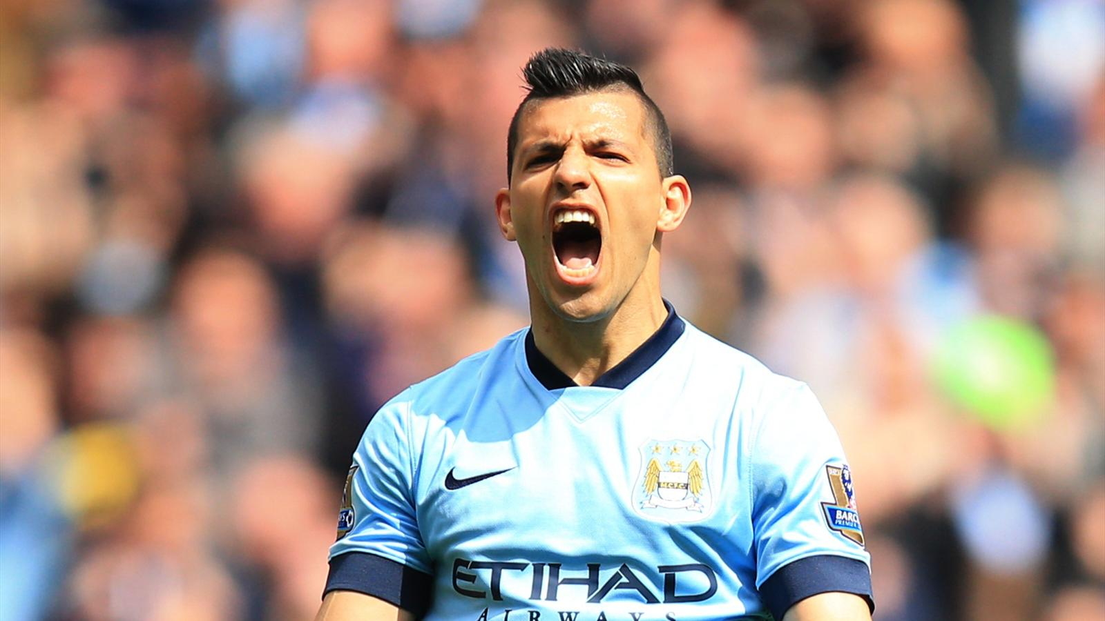 Manchester City striker Sergio Aguero celebrates