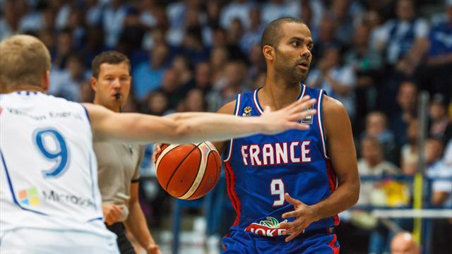 La France domine la Serbie en pr�paration