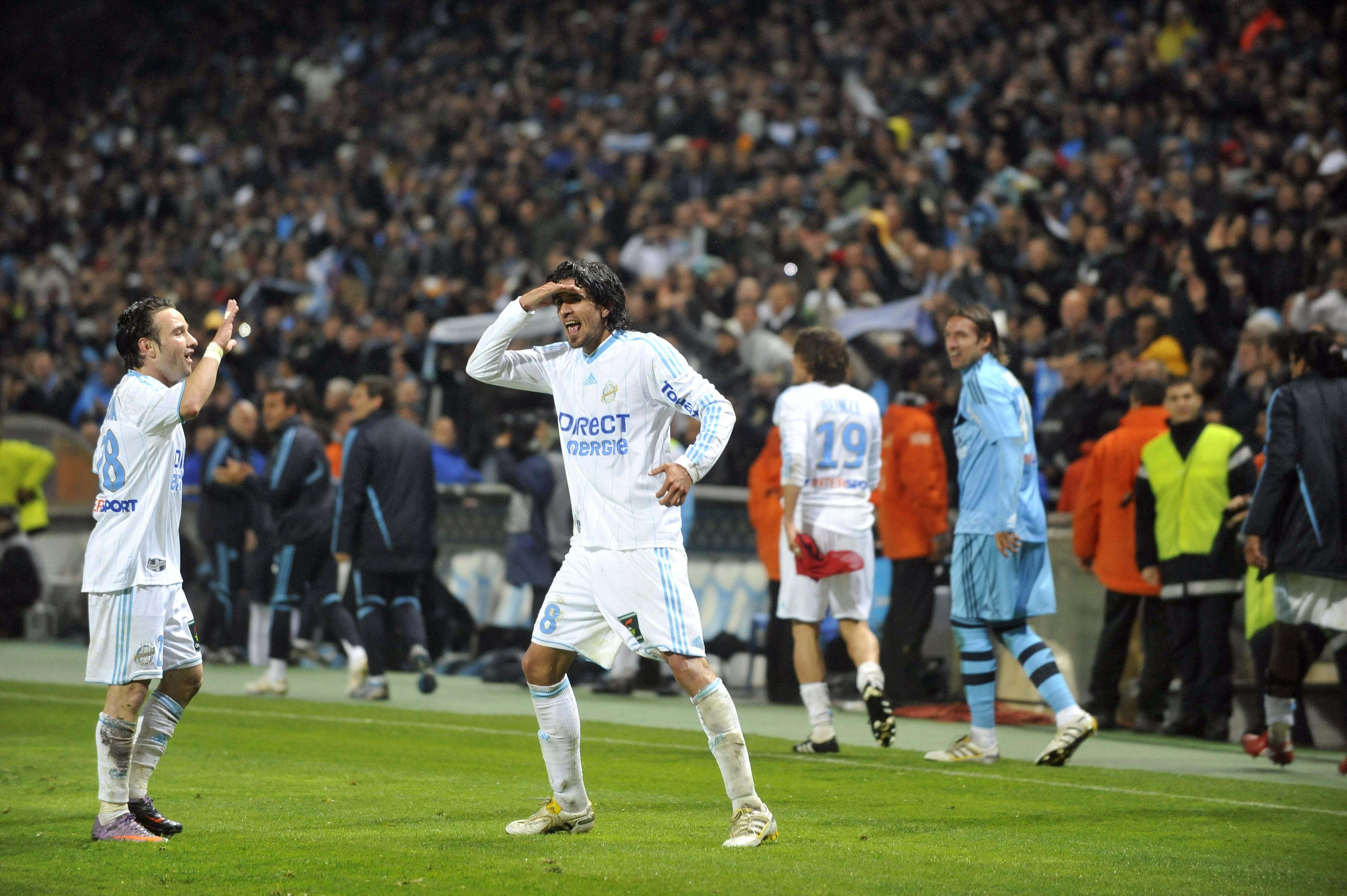 Le Comandante Lucho Gonzalez célèbre le titre de champion de France de l'OM en 2010