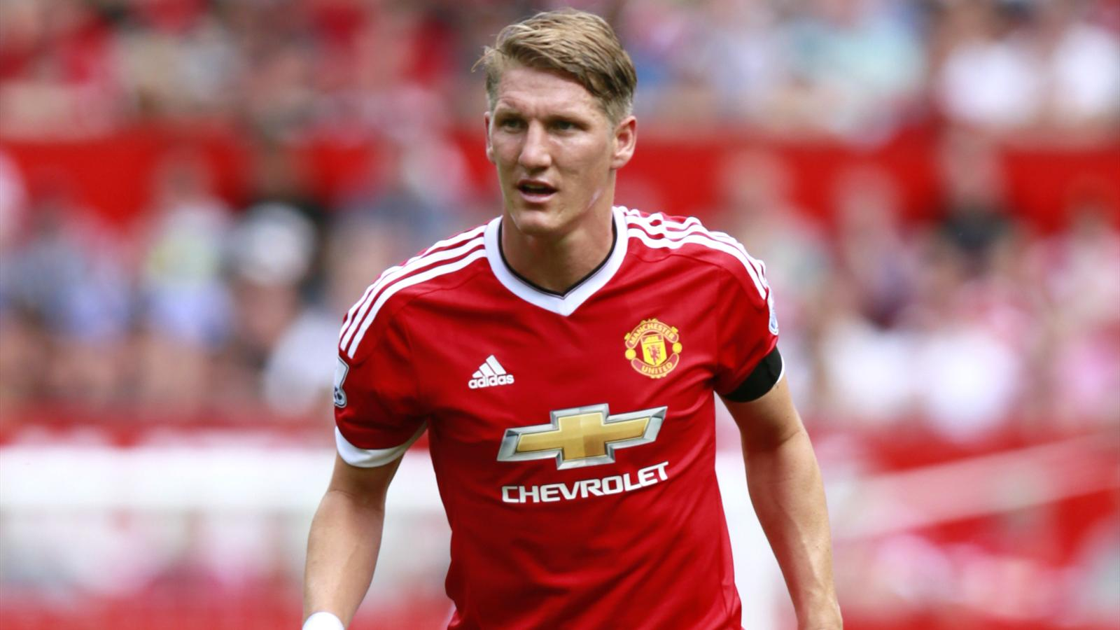 Bastian Schweinsteiger I m fit for Manchester United trip to
