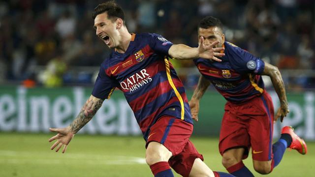 VIDÉO - Le doublé, sur coups-francs, de Lionel Messi