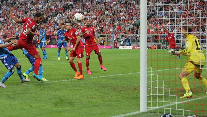 Bayern München Gewinnt Zum Saisonauftakt 201516 Gegen Den Hamburger