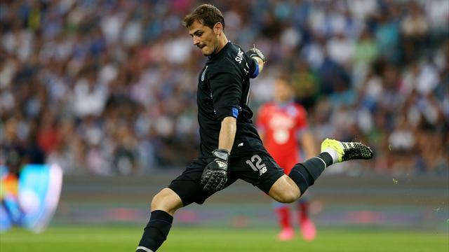 El Oporto empata ante el Marítimo y Casillas encaja su primer gol en Liga