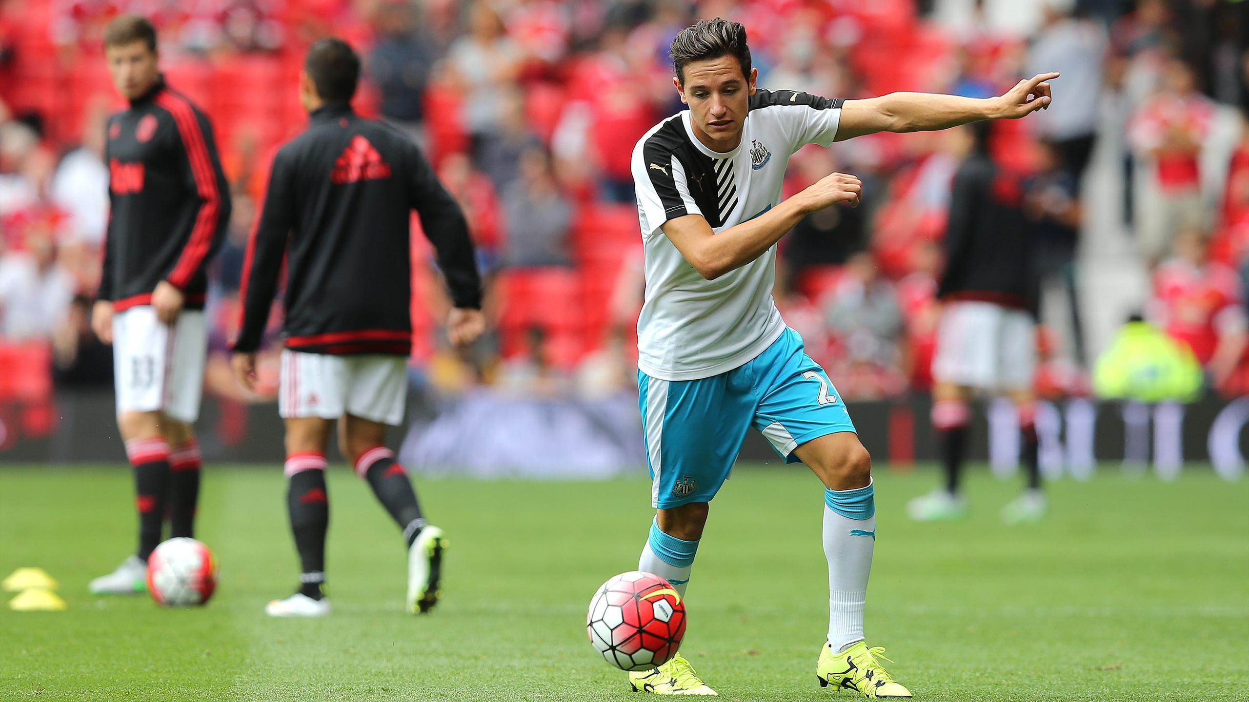 Florian Thauvin à l'échauffement avant Manchester United - Newcastle