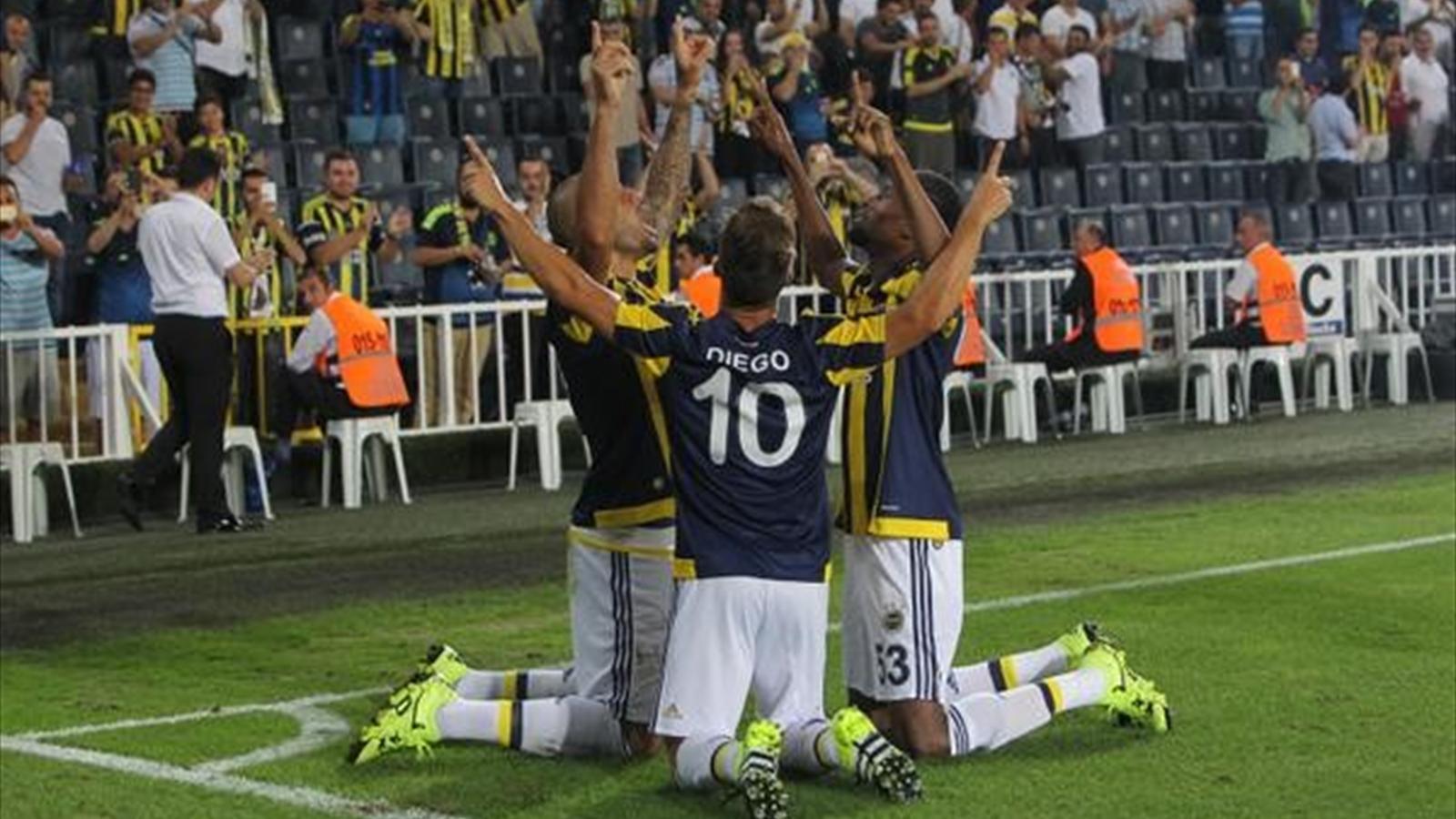 UEFA Avrupa Ligi: Fenerbahçe 3-0 Atromitos (MAÇ ÖZETİ)