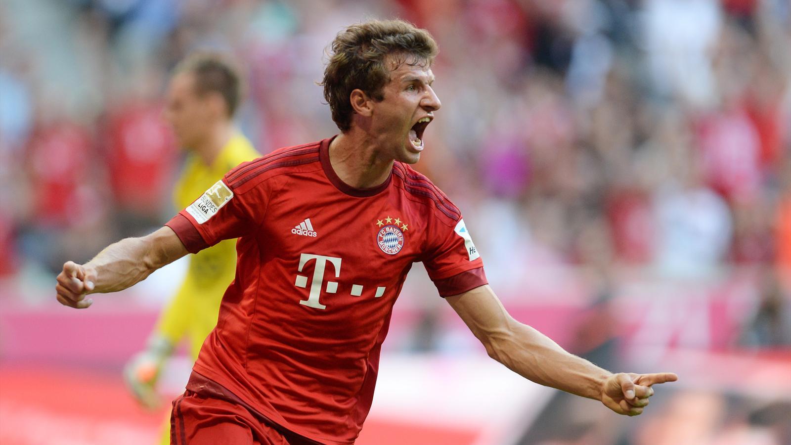 Thomas Müller of Bayern Munich celebrates