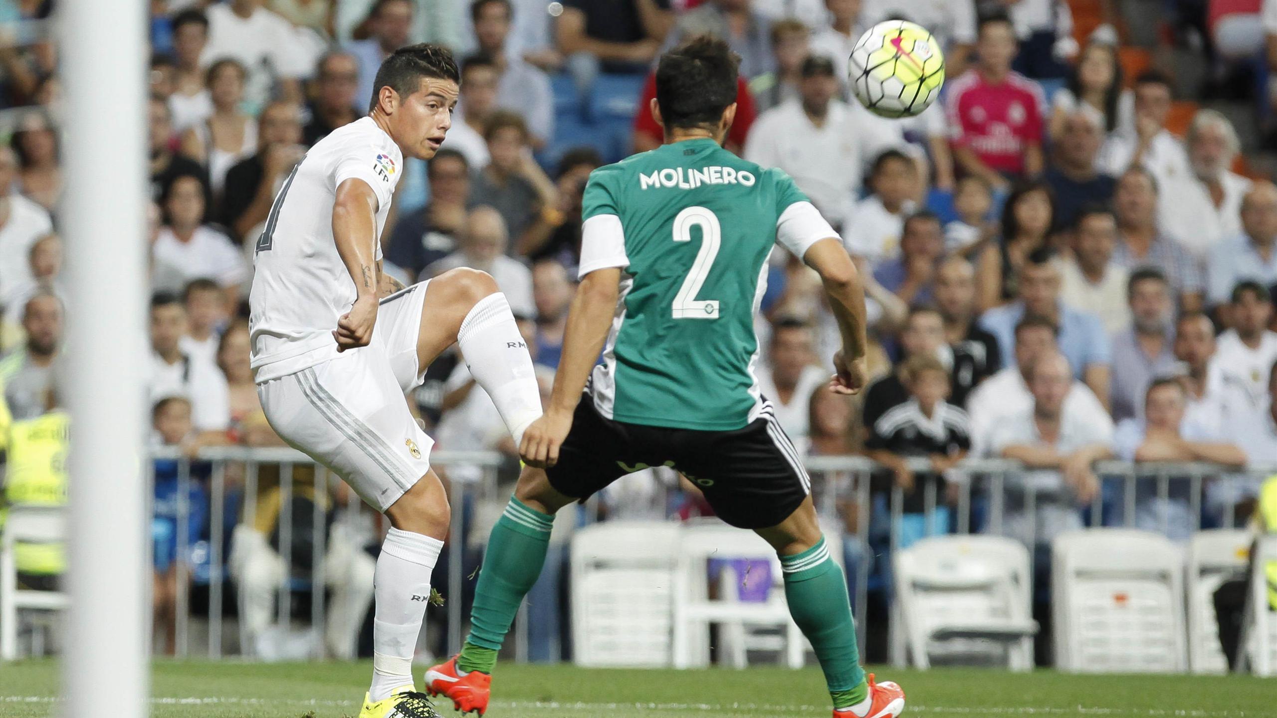 Avec le Real Madrid, James Rodriguez a marqué d'un très joli retourné acrobatique contre le Betis Séville, le 29 août 2015, en Liga.