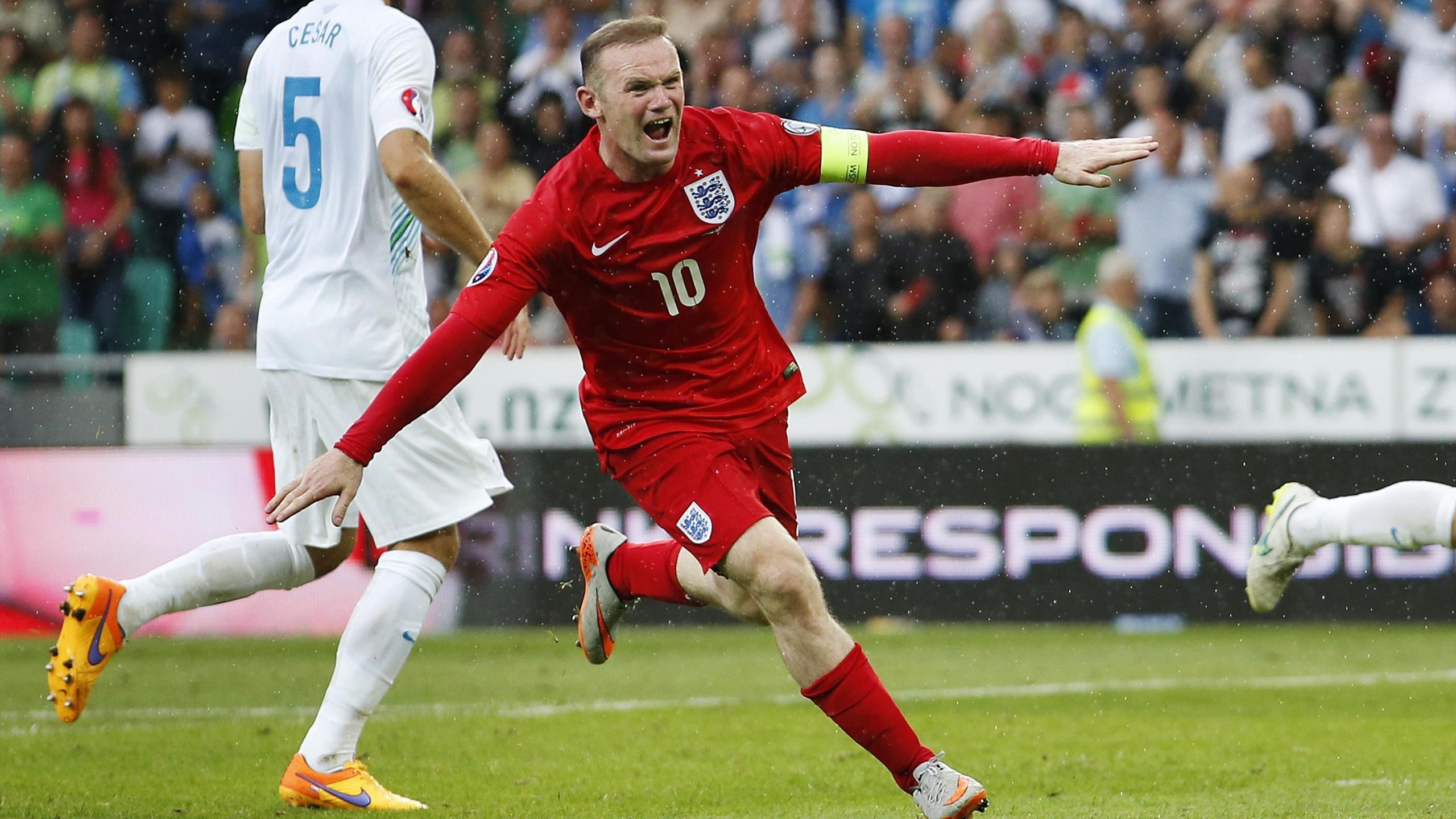 Уэйн Руни в матче за сборную Англии