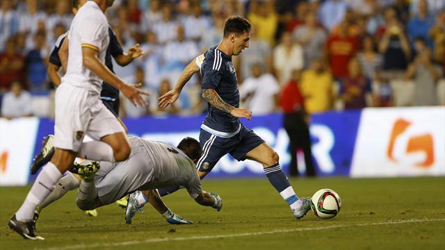 Argentina-Bolivia: Dobletes por doquier y debut goleador de Correa (7-0)