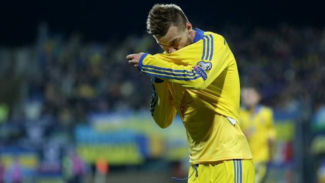 Под проливным дождем сборная Украины обыграла Косово срезультатом 2:0