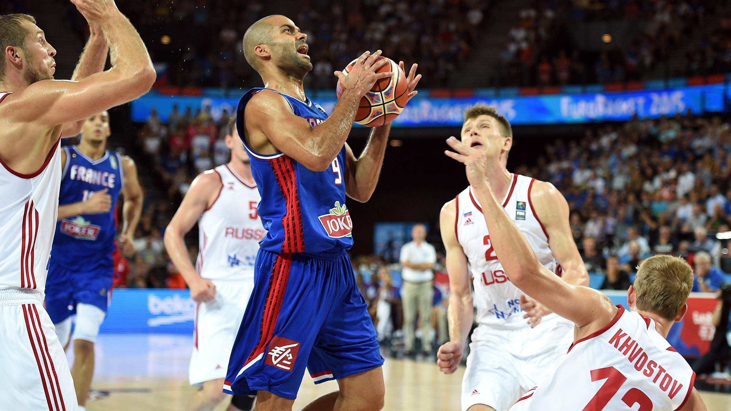 Tony Parker lors de France-Russie pendant l'Eurobasket 2015