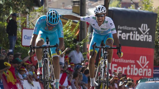 Aru in red after Astana break Dumoulin and Plaza wins stage 20