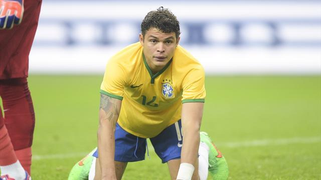 Thiago Silva toujours snobé par Dunga, qui se passe aussi de Lucas