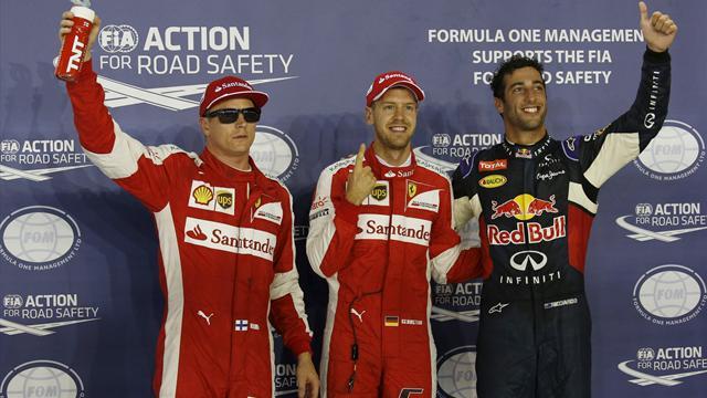 Vettel gives Ferrari pole in Singapore