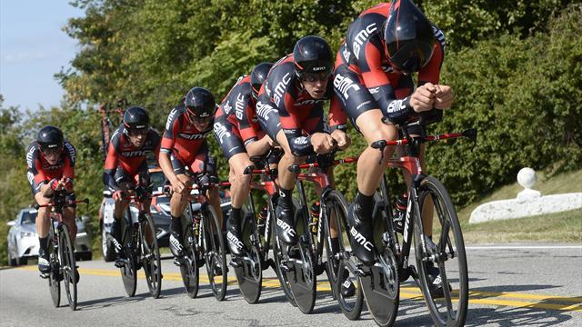 BMC vainqueur du chrono par équipe, Daniel Oss premier leader