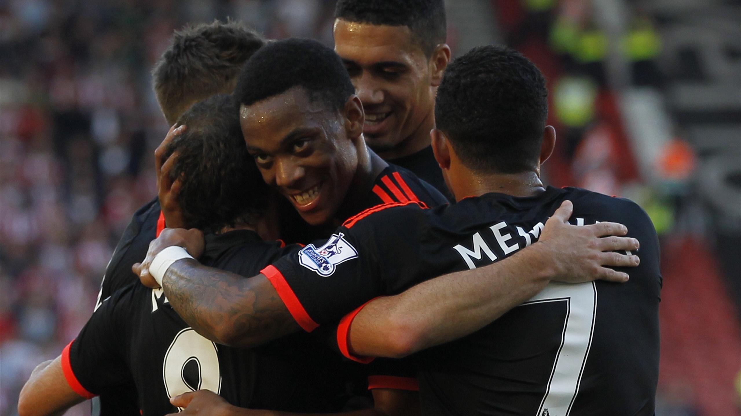 Anthony Martial avec ses coéquipiers à Manchester United.