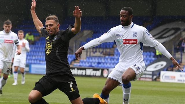 Janoi Donacien makes loan switch to Newport