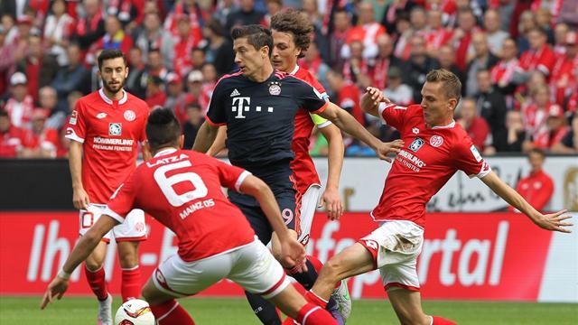 Avec le 100e but de Lewandowski en Bundesliga, le Bayern met la pression sur Dortmund
