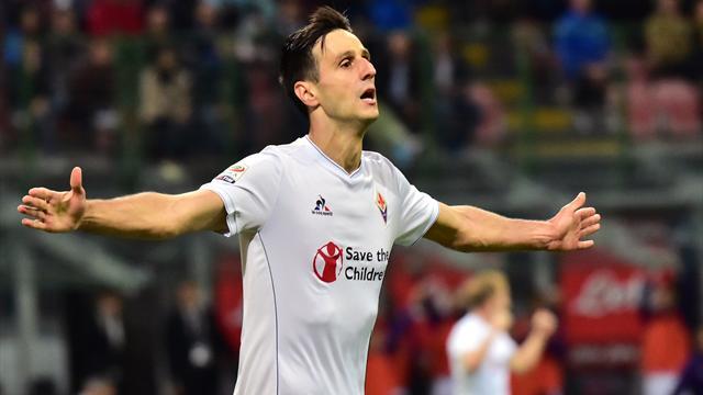 Portée par Kalinic, la Fiorentina fait exploser l'Inter et prend la tête
