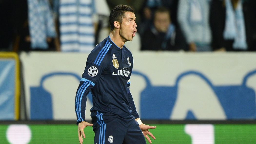 the latest b3596 be0ea Cristiano Ronaldo equals Raul's Real Madrid record with ...