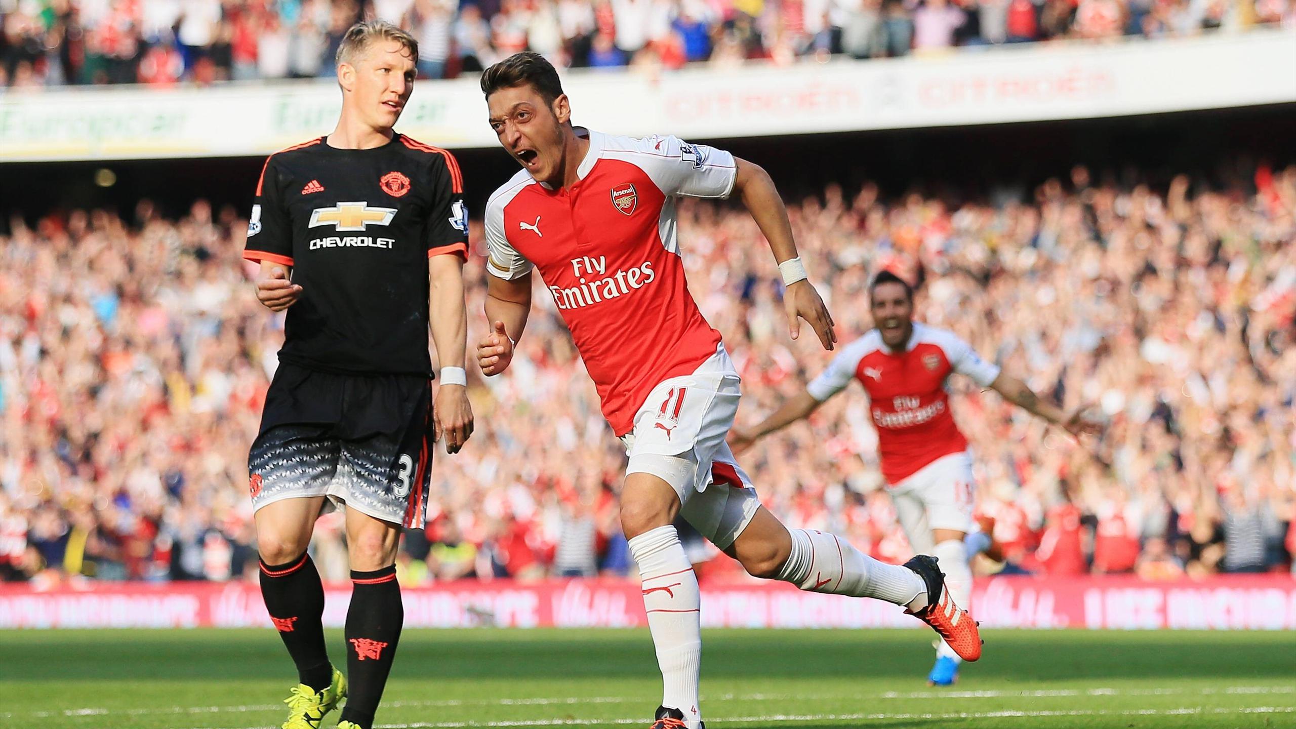 Bastian Schweinsteiger (Manchester United), Mesut Özil (Arsenal)