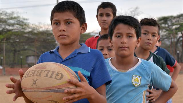 Le rugby, exutoire à la violence dans les bidonvilles de Colombie