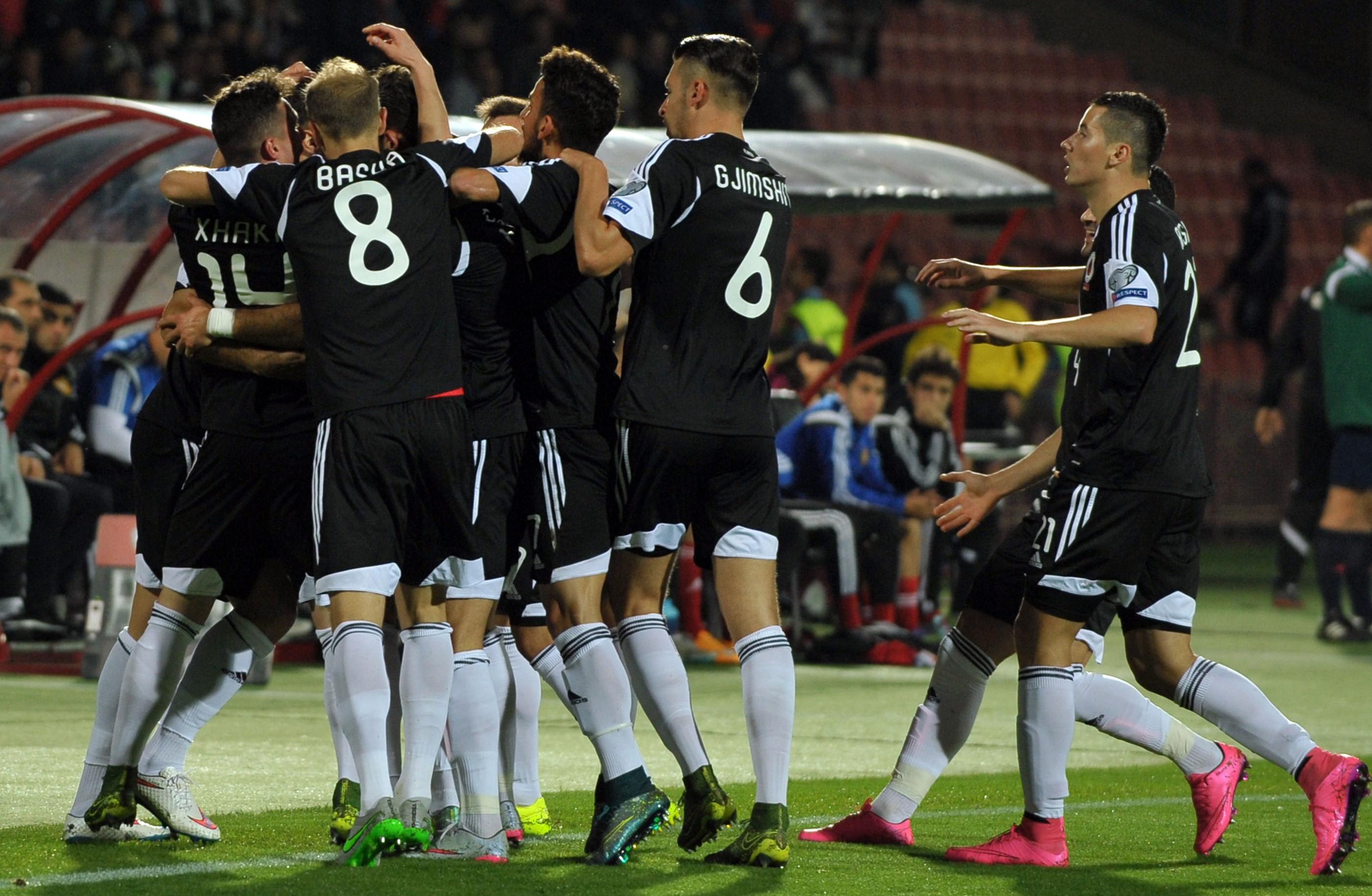 Албания выходит на Евро-2016