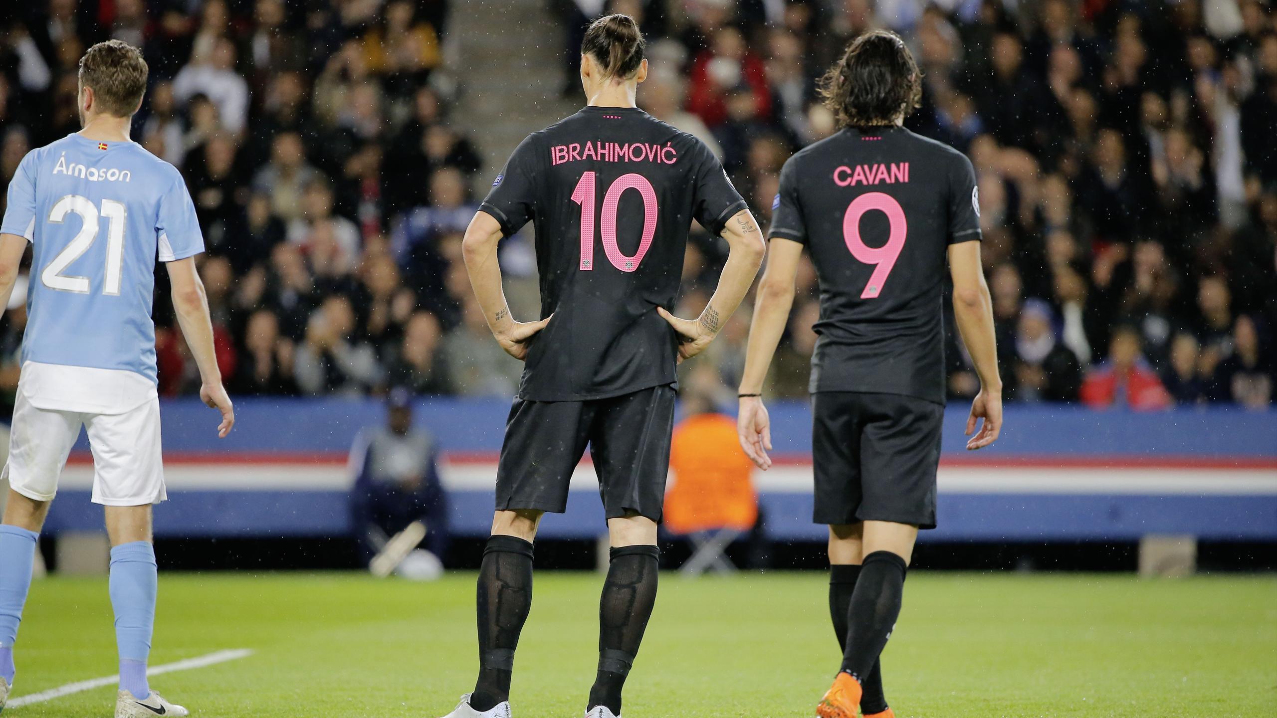Zlatan Ibrahimovic et Edinson Cavani lors de PSG-Malmö