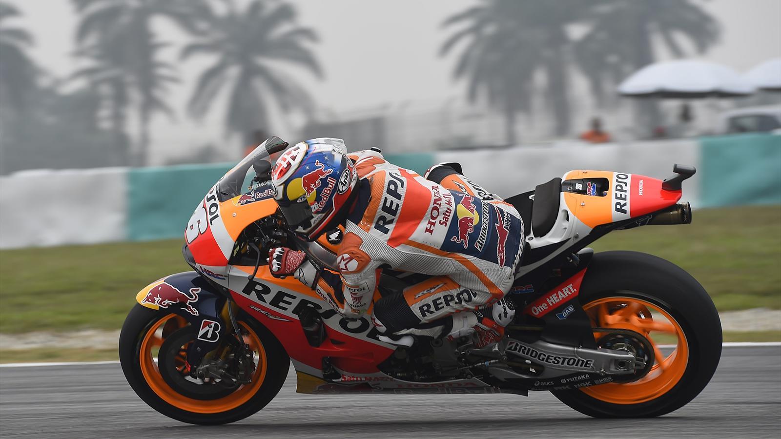 Dani Pedrosa a conquis la pole position au Grand Prix de Malaisie 2015