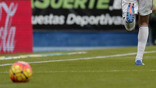 Conmoción en España: futbolista cayó de un tercer piso de la concentración