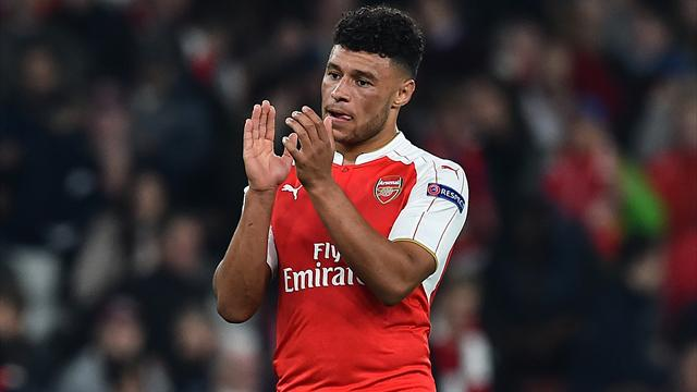 Paper Round: Liverpool to launch shock move for Oxlade-Chamberlain