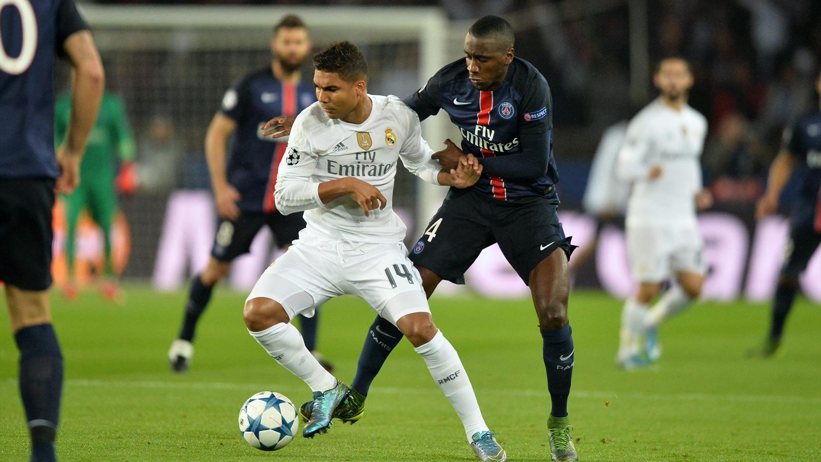 Casemiro au duel avec Blaise Matuidi lors de PSG-Real Madrid