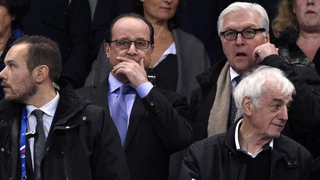 """Hollande a demandé à ses ministres """"d'arrêter leurs conneries"""" sur l'affaire Benzema"""