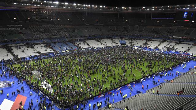 Теракты в Париже. Что происходило на «Стад де Франс» и как реагирует мир