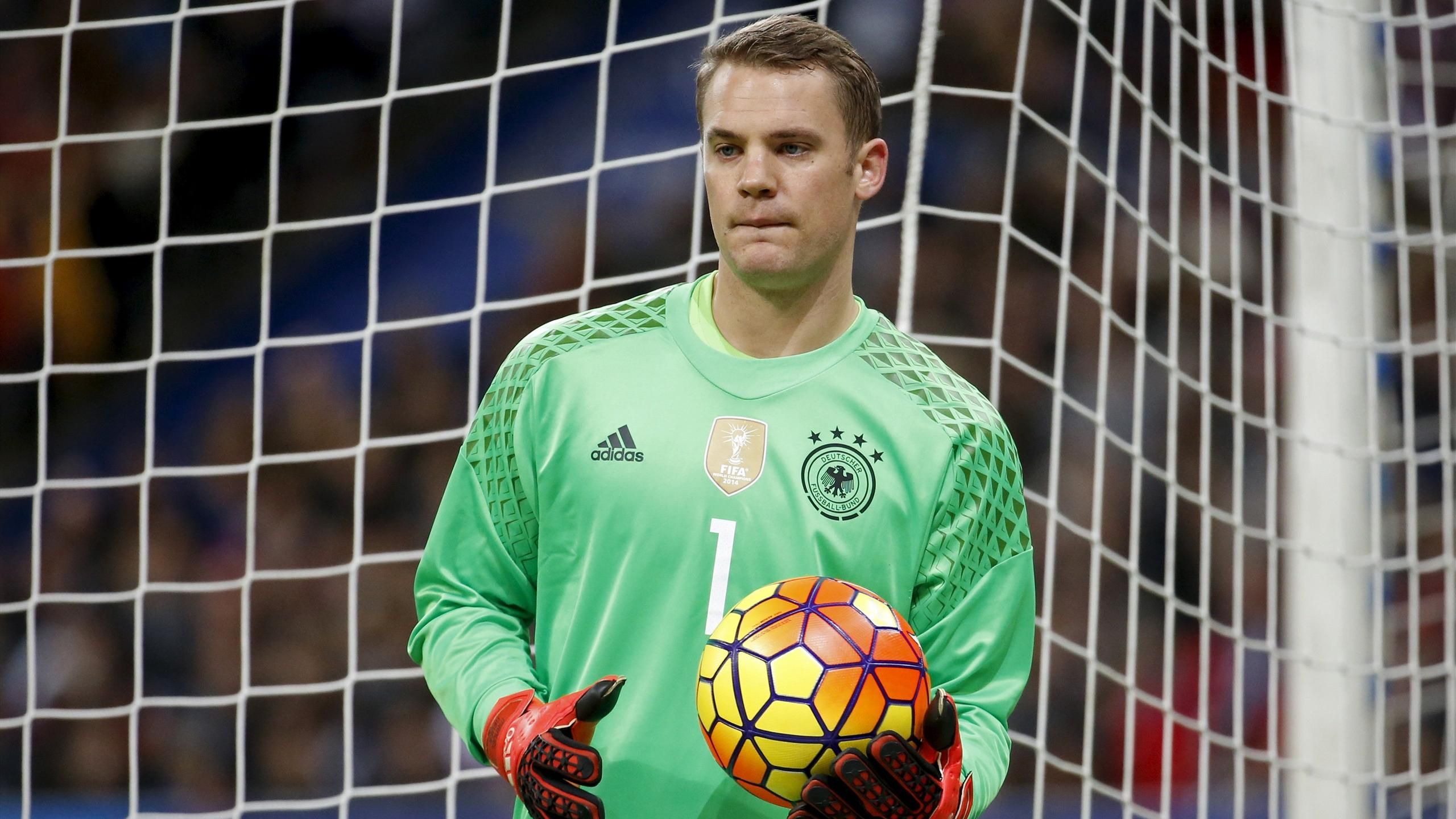 Manuel Neuer ready to play mentor's role at Euro 2016 - Euro 2016 - Football ...