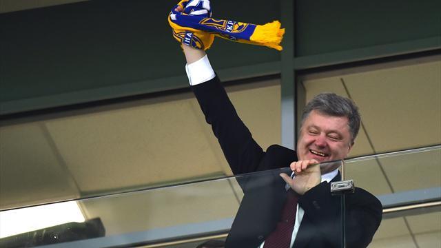 Порошенко Расистский скандал на матче Динамо – Челси – это провокация России