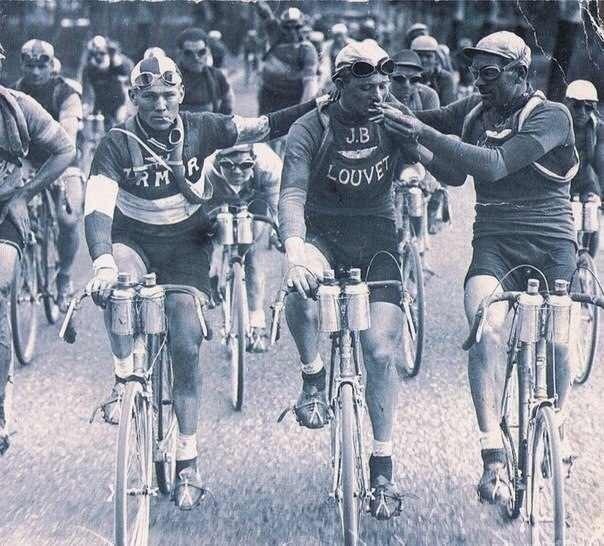 Велогонщики в 20-е годы, «Тур де Франс»
