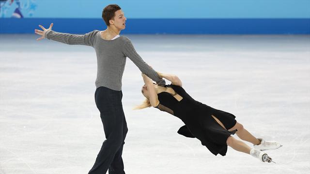Боброва и Соловьев вышли на второе место в танцах на льду после короткой программы на ЧЕ