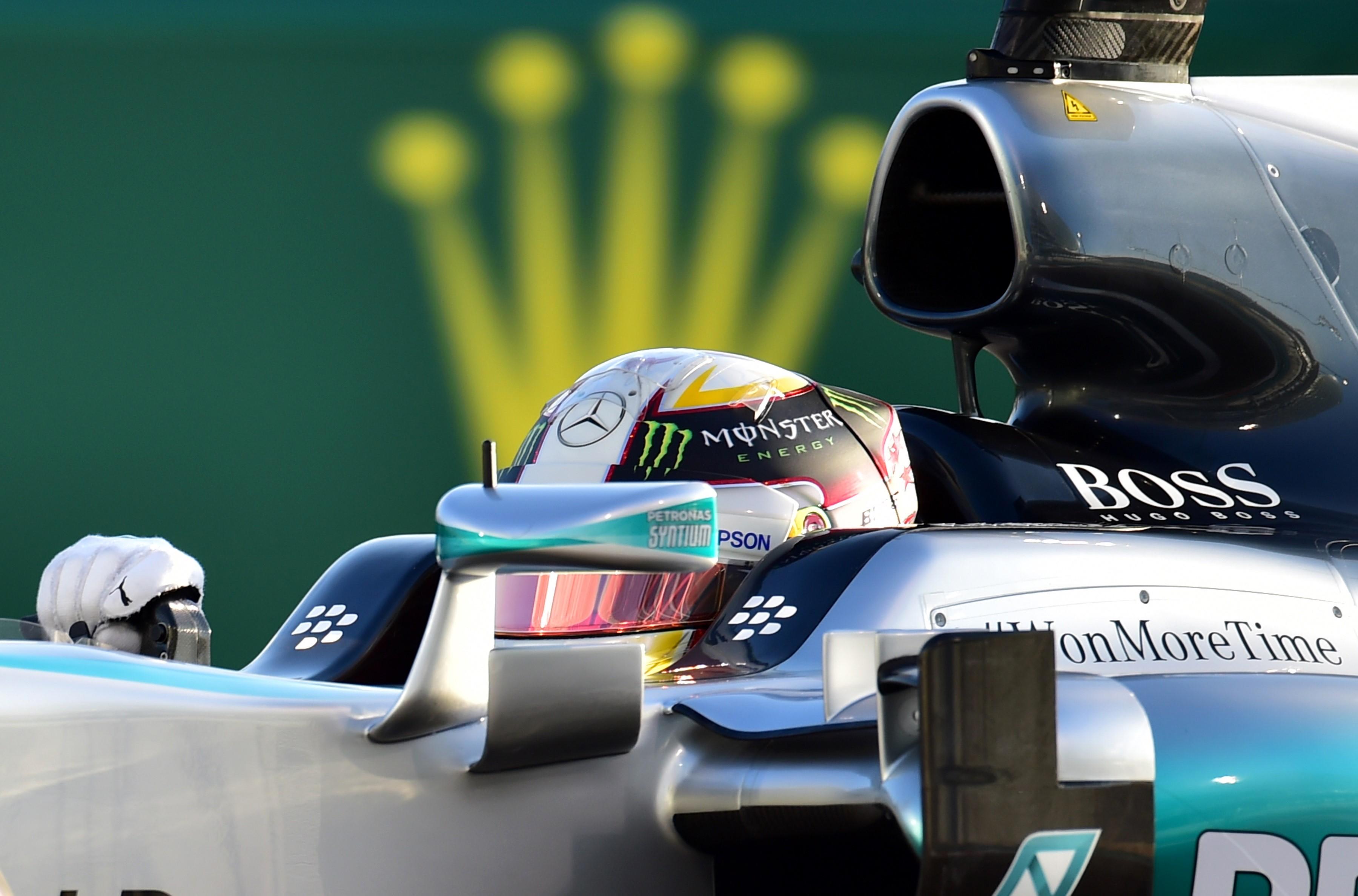 Lewis Hamilton (Mercedes) lors du Grand Prix d'Abou Dabi 2015