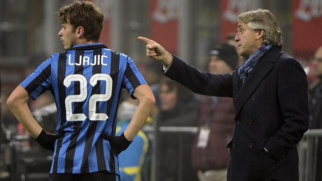 """Mancini accuse l'entraîneur de Naples de l'avoir traité """"d'homo"""""""