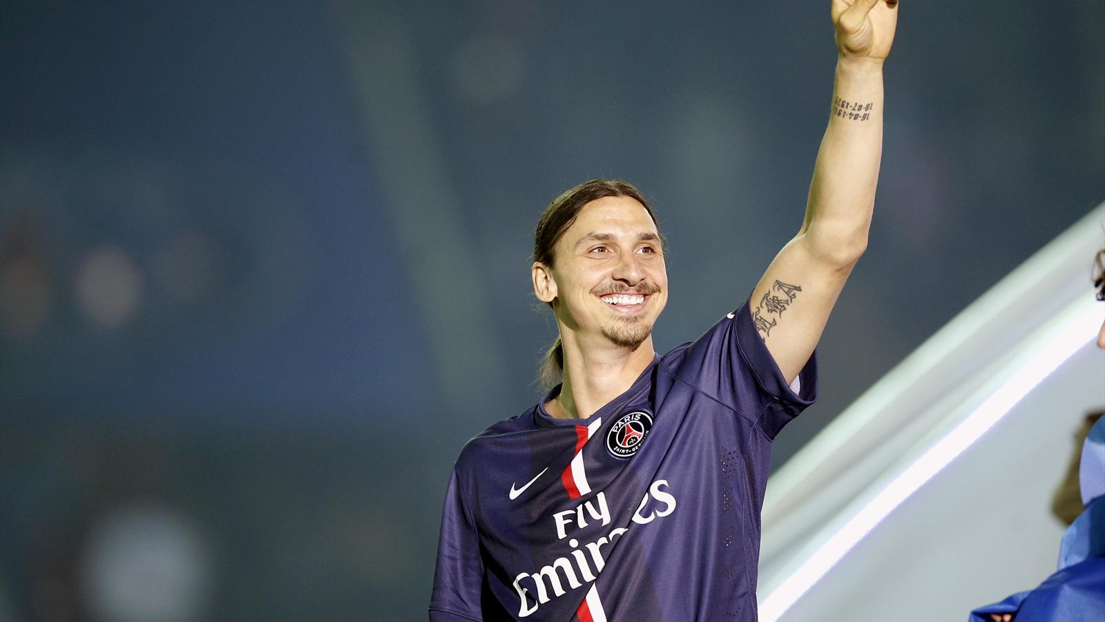 Paris St Germain's Zlatan Ibrahimovic salutes the fans