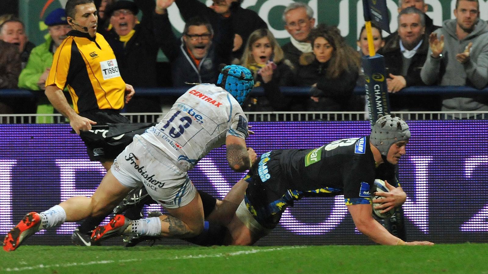 L'essai de Jonathan Davies (Clermont) face à Exeter - 20 décembre 2015