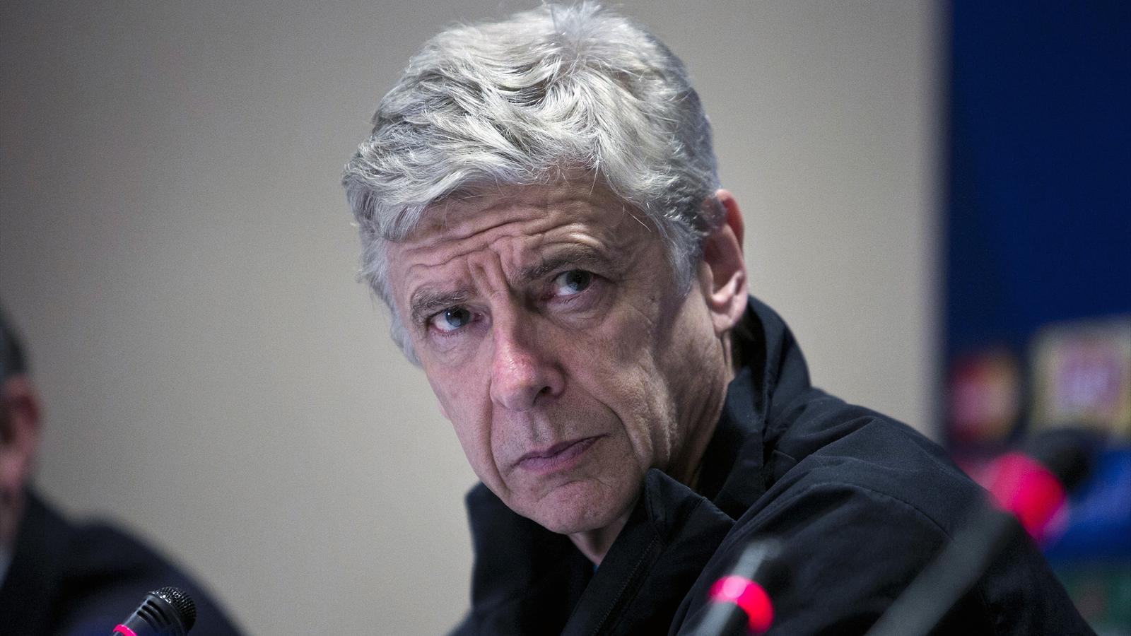 Louis van Gaal speculation disrespectful, says Arsene Wenger