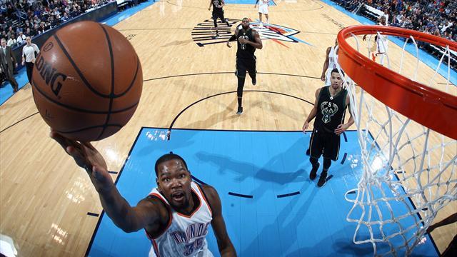 La doublette Durant-Westbrook éclipse Middleton, LeBron James fête dignement ses 31 ans