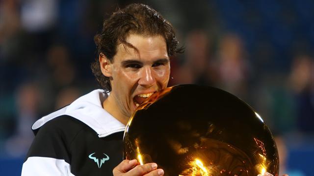 Nadal commence 2016 avec une victoire au tournoi d'exhibition d'Abou Dhabi