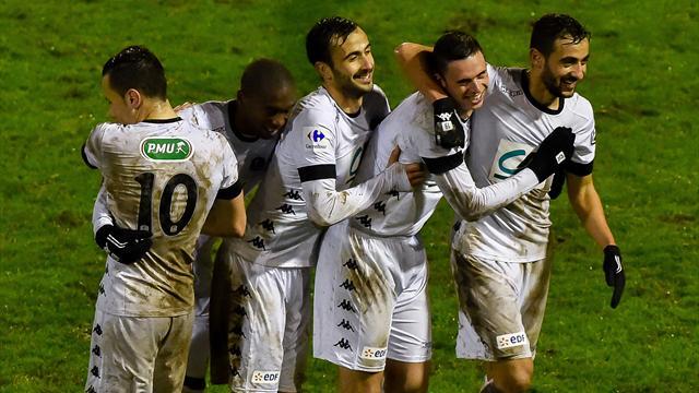 7 buts, une prolongation, un rouge, un penalty généreux… Dunkerque-Troyes a valu le détour