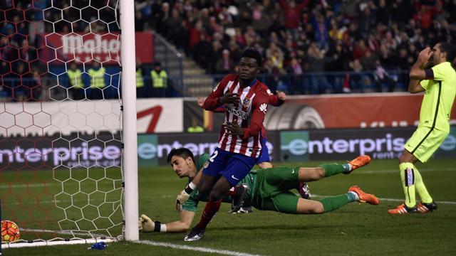 Maître du suspense, l'Atlético prend la tête