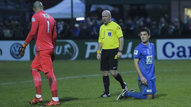 """""""Ruffier m'a dit : 'Guignol, rentre chez toi, n'oublie pas de me regarder en Europa League'"""""""