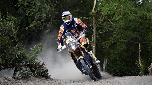Price vainqueur et nouveau leader en Motos